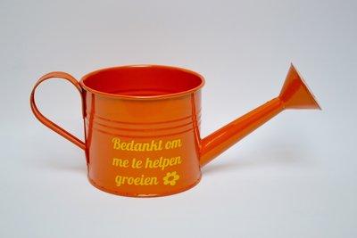 Oranje gieter