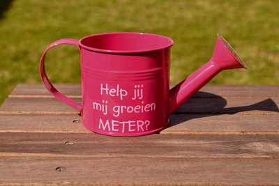Roze gieter meter